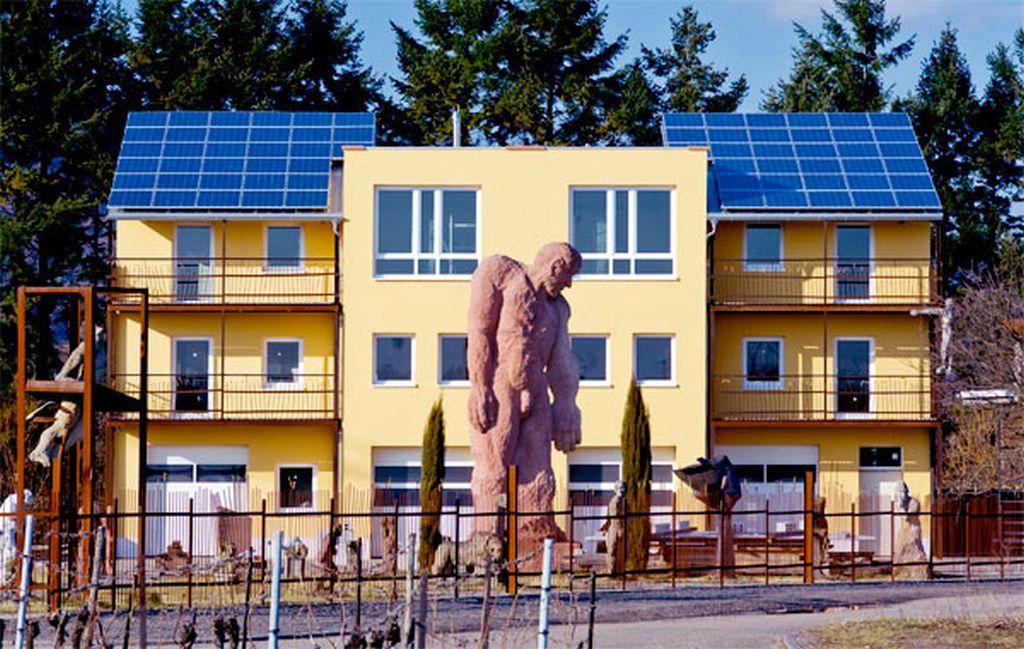 Wärmedämmverbundsystem an einem Objekt in Böchingen